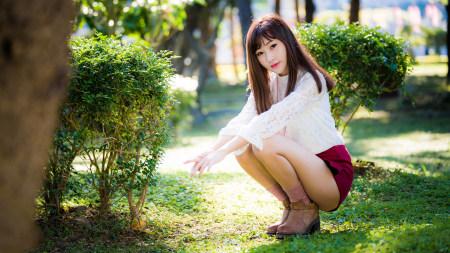 长腿短裙美女图