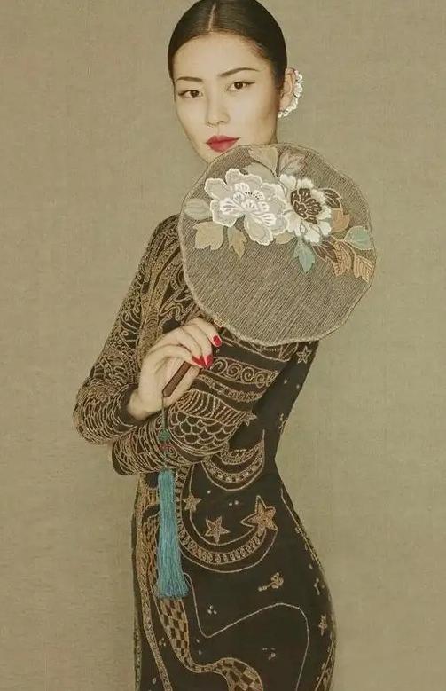 古典美女壁纸
